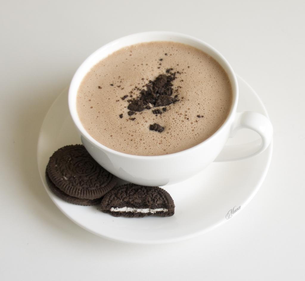 Champurrado — густой шоколадный напиток с молоком