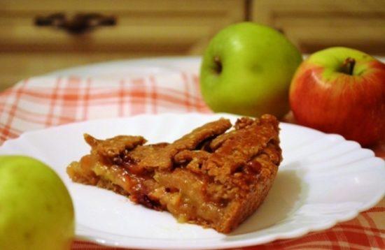 «Август» — постный яблочный пирог на ц/з и ржаной муке