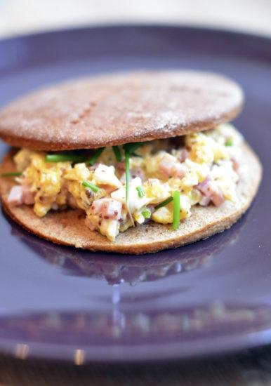 Ham and Egg Salad Sandwiches — Сэндвич с яичным салатом