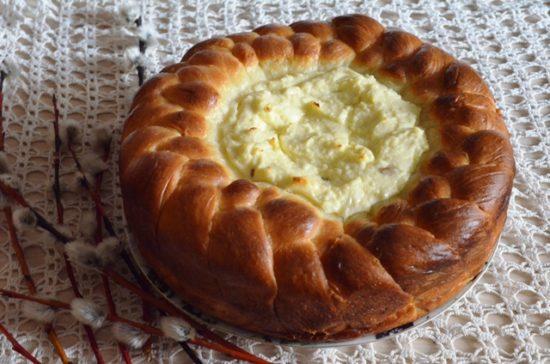 Paska cu branza — Румынский пасхальный кулич с творогом