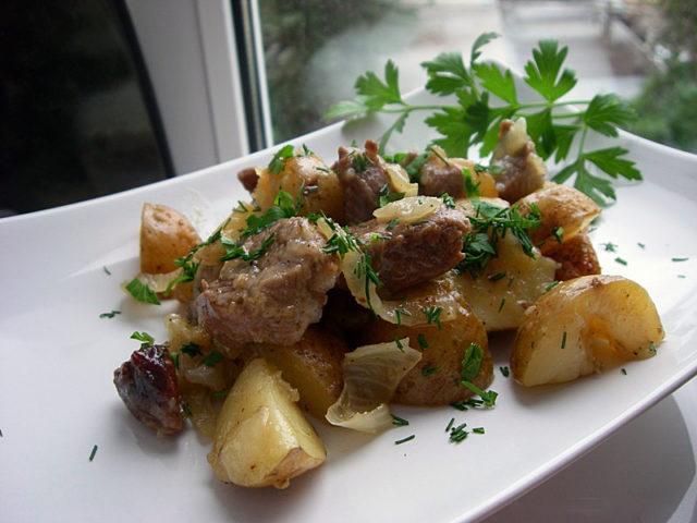 Баранина с картофелем в рукаве