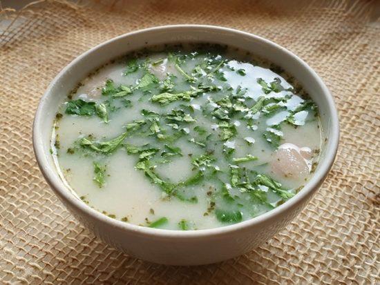 Густой картофельный суп с ветчиной по-канадски