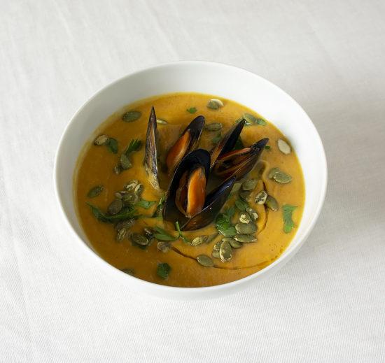 Тыквенный крем-суп с мидиями